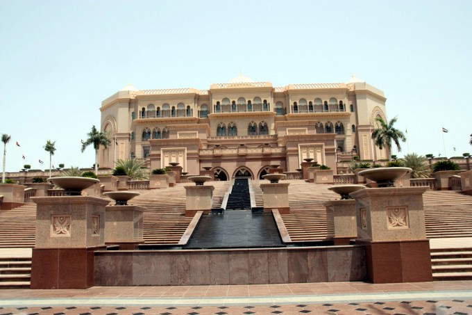 Emirates palace, Абу Даби