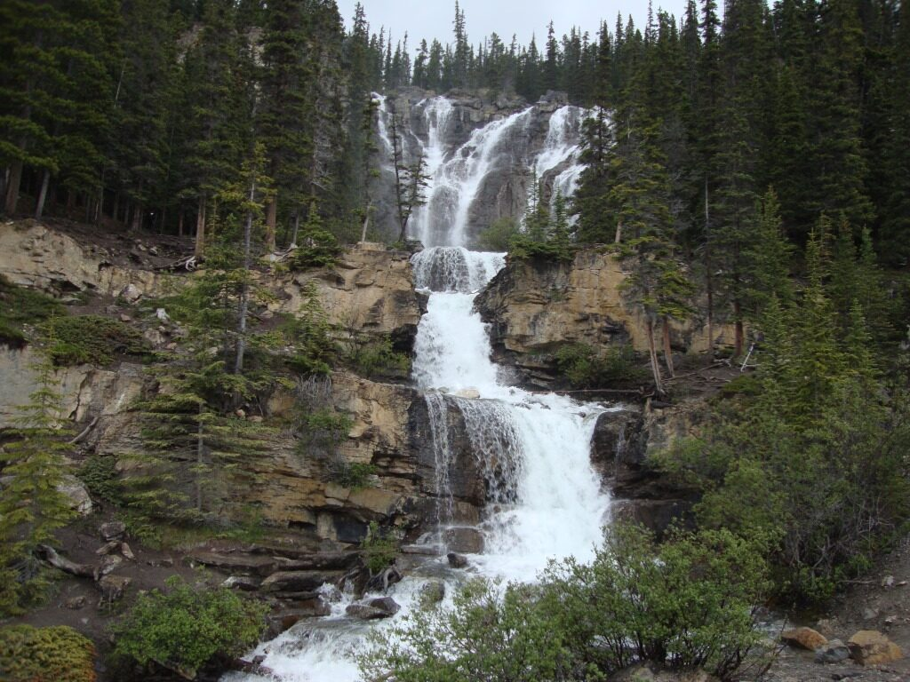 Tangle creek Falls – Водопадът Тенгъл Kриик (Tangle Creek Falls), Канада